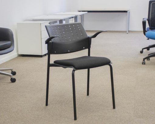 Movie-Arm-Chair-Black-Seat-Front