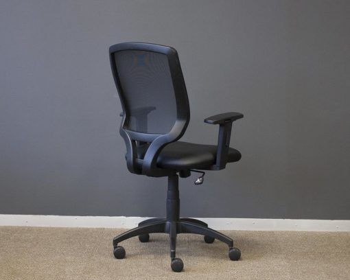 Connect-Oprators-Chair-Mesh-Back-Black-Seat