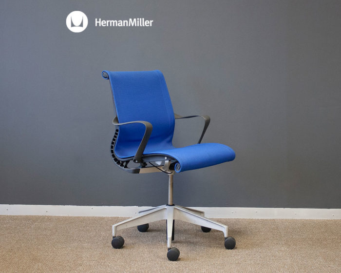 Setu-Chair-Blue-Fabric-Front