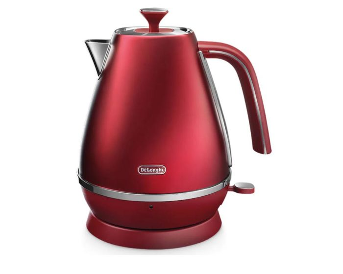 DeLonghi Distinta Flair Kettle Glamour Red