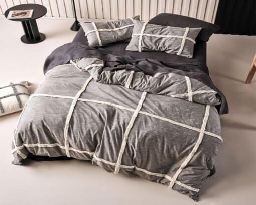 Linen-House-Duvet-Cover-Set-Lyndon-Black-3
