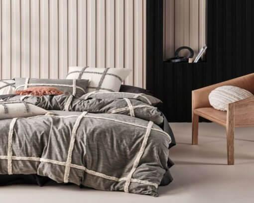 Linen-House-Duvet-Cover-Set-Lyndon-Black-5